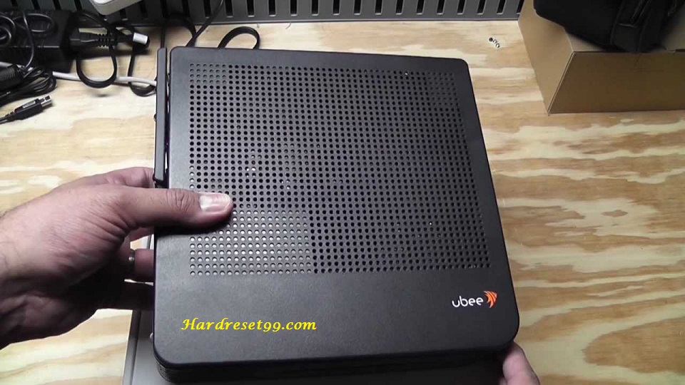 Ubee DVW3102B Router - How to Reset to Factory Settings
